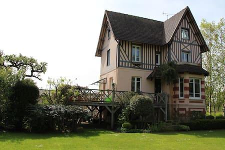 Maison de charme - Hus