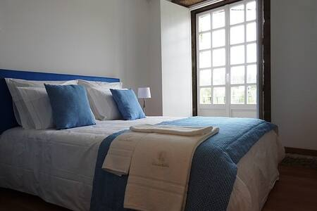Deluxe Double Room with Balcony at Casa Dos Barros - Rumah