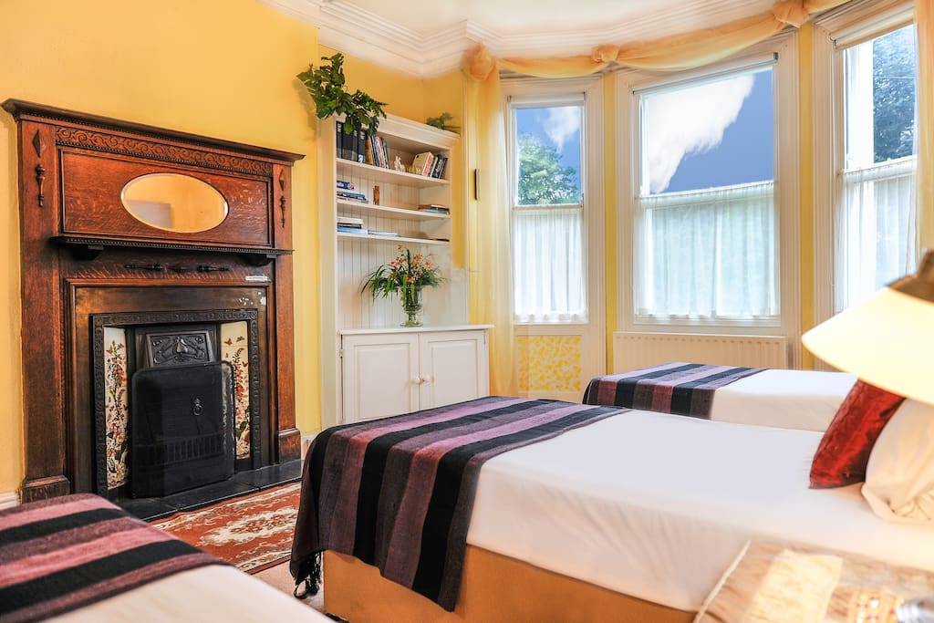 Downstairs bedrooms:  three single beds