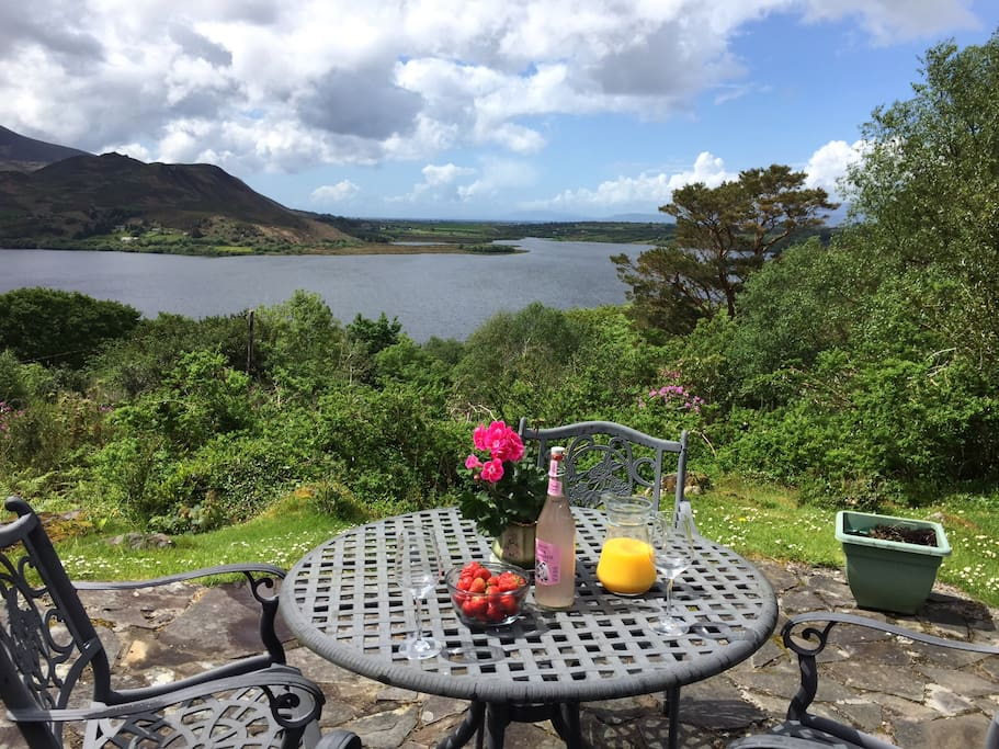Caragh Heights Cottage - Free WiFi