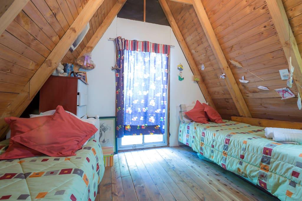 Enchanting Mountain Cabin