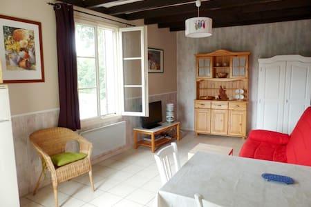 Le Nid - House