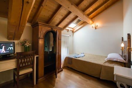 Tenuta La Presa - Single room - Bed & Breakfast