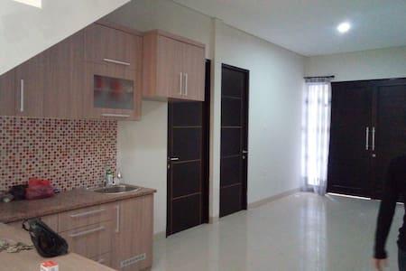 Pradjna Guest House Room 3B - Lainnya