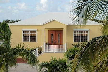 ALO Residences - Villa