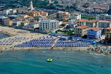 The comfortable flat for family and friends - San Vincenzo - Appartement