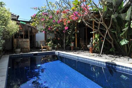 Paradise of traveller #2 - North Kuta - Villa
