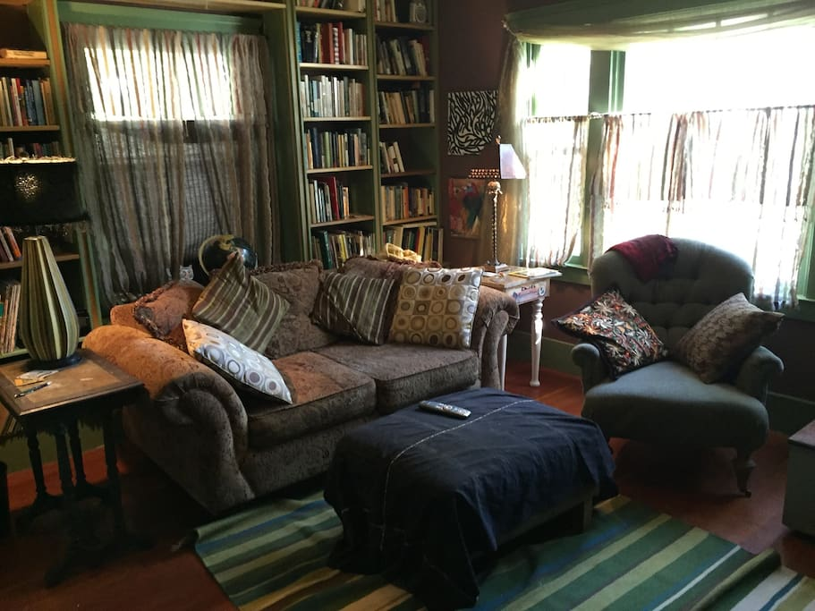 Library/TV room.