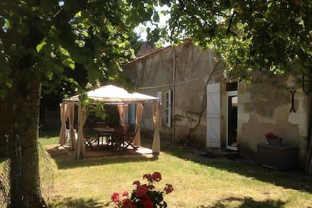 Maison des Vendangeurs - Pineuilh - House