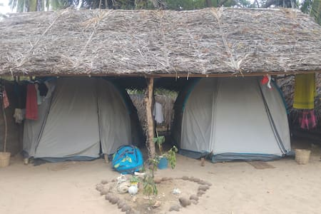 Tent Room - Lagoon/Beach Front @ Kite House Cafe - Haus