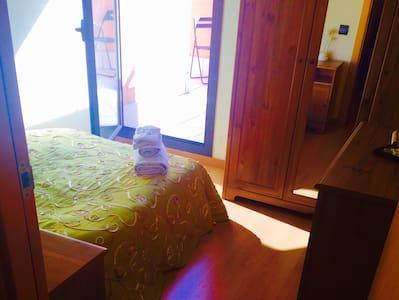 10MIN BEACH+PRIVATE BATH - Appartement