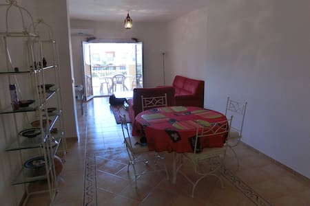 Appartement haut standing marina saidia(piscine) - Saidia - Apartment