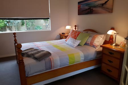 Aunty BB's Busselton Airbnb Apartment - Busselton - Appartement