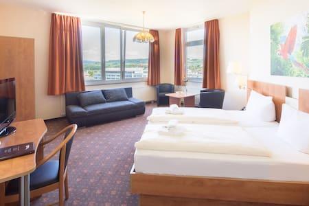 Geräumiges Zimmer mit kleiner Einbauküche - Bed & Breakfast