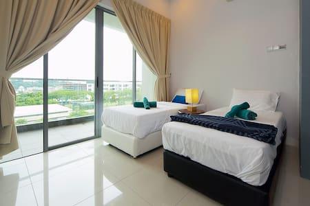 Cozy, Modern 3bed @IMAGO N4 时尚,窝心,三房在沙巴最大商场 - Condominium