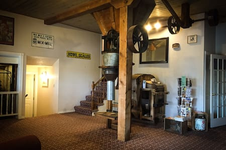 Rm #1 - Grist Mill Inn B&B - Monticello - Bed & Breakfast