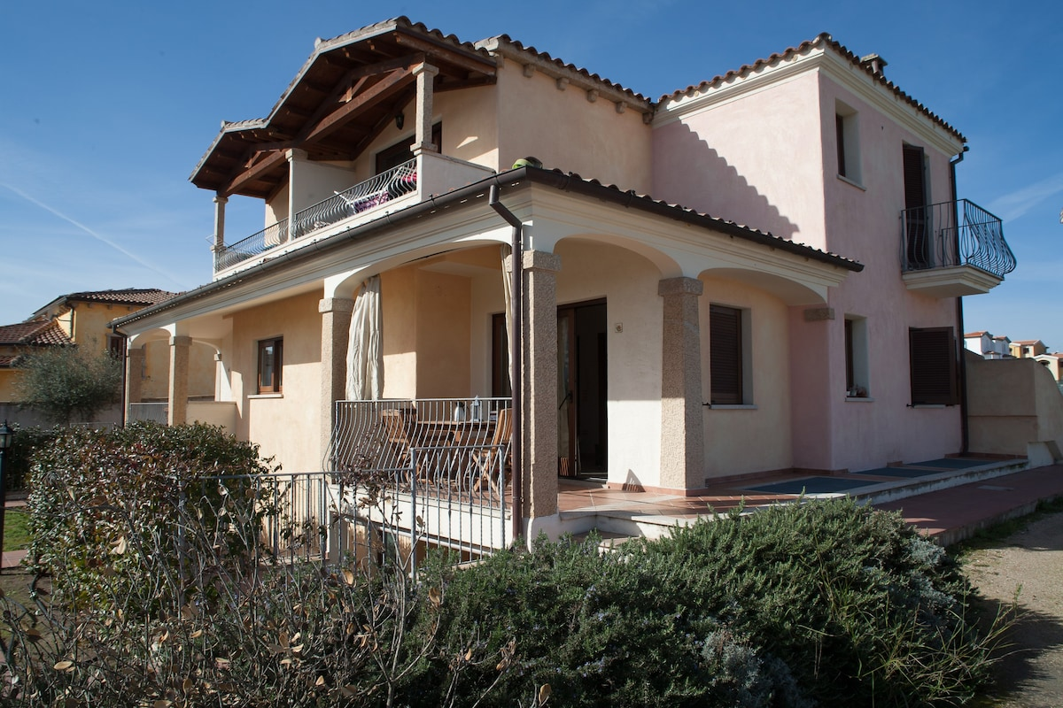 Rent a house in Olbia inexpensively