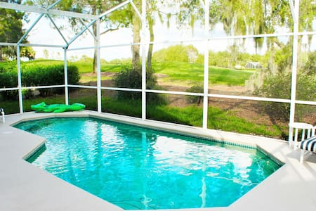 4 bed Pool Home on golf course - 20-25 min Disney - Haines City - Villa