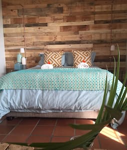 Ocean Vista Beach Shack Chic - Apartment
