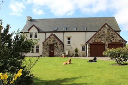Bleachfield Mill, Auchtermuchty, Luxury B&B double - Bed & Breakfast