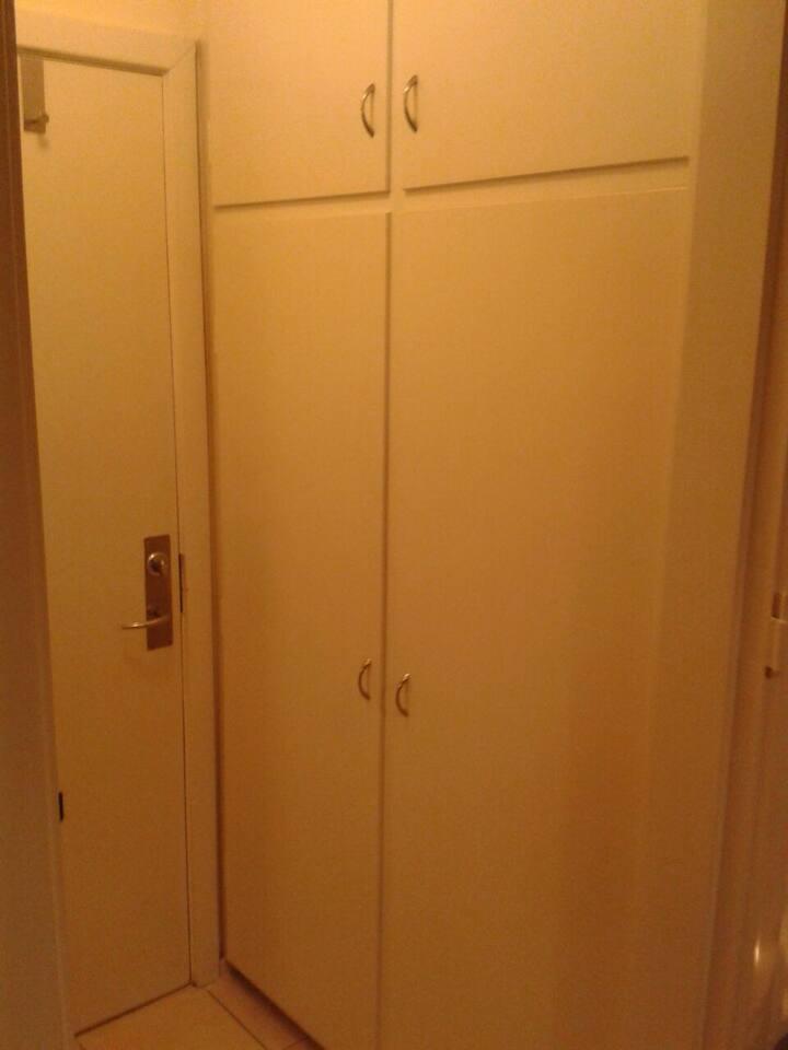 1 værelses lejlighed køkken og bad   flats for rent in højbjerg