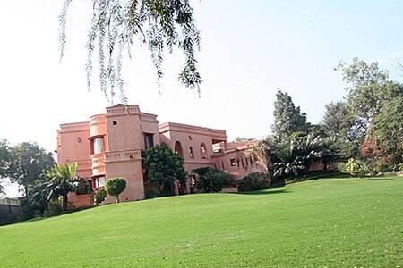 The Banyan Farm Villa - Villa