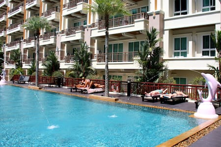 Quite mountain view apartment - Patong - Apartment