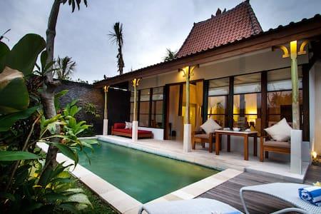 1 Bedroom Pool Villa in Seminyak - Kuta - Villa