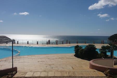 Private suite | Ocean view | Pool - Bed & Breakfast