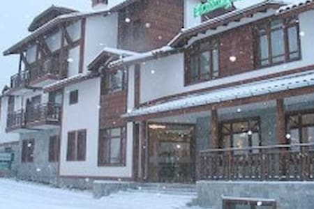 Welcome to Holiday Group Hotel