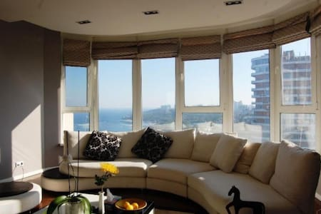 Spacious apartment in center with sea view! - Oděsa