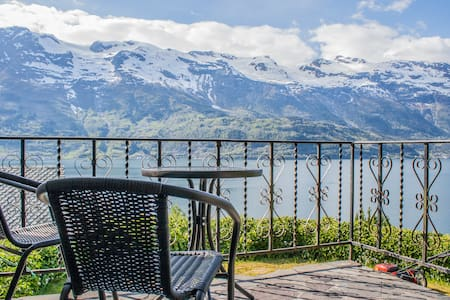 Charming house in Hardanger - Haus