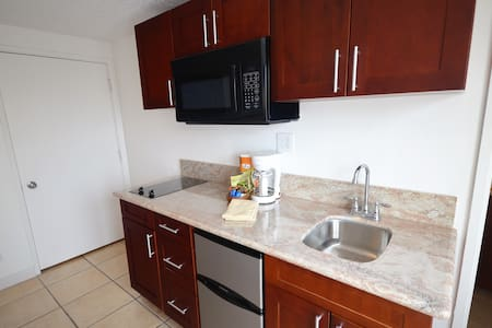 1201L Grand Studio, Waikiki BEACH! - Honolulu - Apartment