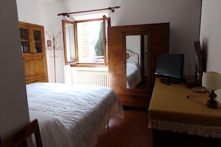 Camera con bagno interno - Misano Monte - Villa