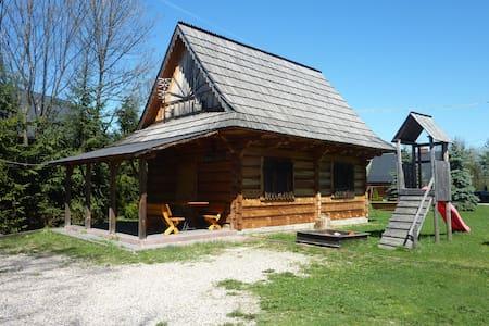 Drewniany domek góralski[1] - Czarny Dunajec