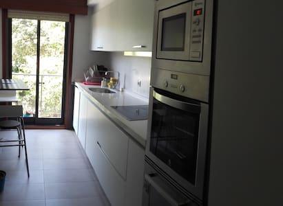 Apartamento 2 habitaciones a 5 minutos de la playa - Lägenhet