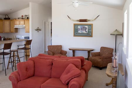 Ranch setting with great views - Gardnerville - Apartment