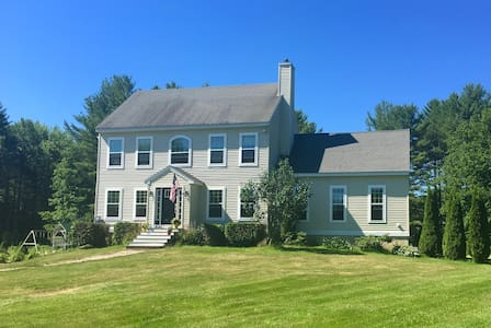 Experience Maine in a beautiful colonial - House