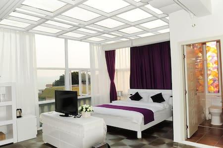两款无敌海景房2选1 -带阳台浴缸的需补120元-- 珍藏美景和故事的临海院墅 - 厦门 - 別荘