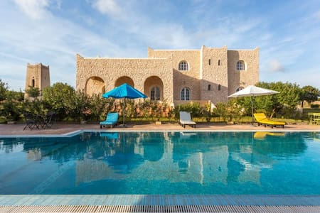 Maison en pierres style Kasbah - Haus