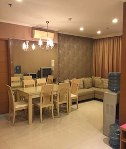 Cozy and Modern Apartment with Golf View - Cilandak