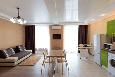 Апартаменты-студии в центре Краснодара - Apartment