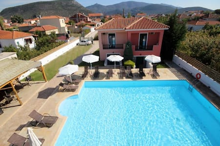 Ann George Resort country maisonette - Apartment