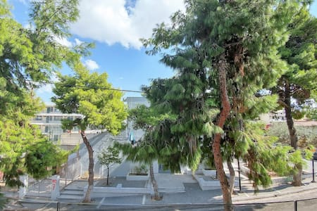 New, bright and quiet apartment in Alimos, Athens - Apartment