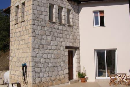 2 bedroom villa in a traditional Cypriot village. - Villa