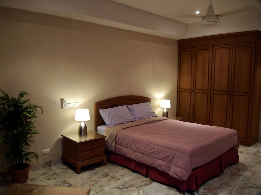"""Comfortable studio room with wonderful views of Ko Laan Island and the surrounding countryside. Includes Free Wi-Fi Internet. a TV 32"""" LED flat screen with sound system and Blu-Ray DVD/CD player and a Security safe"""