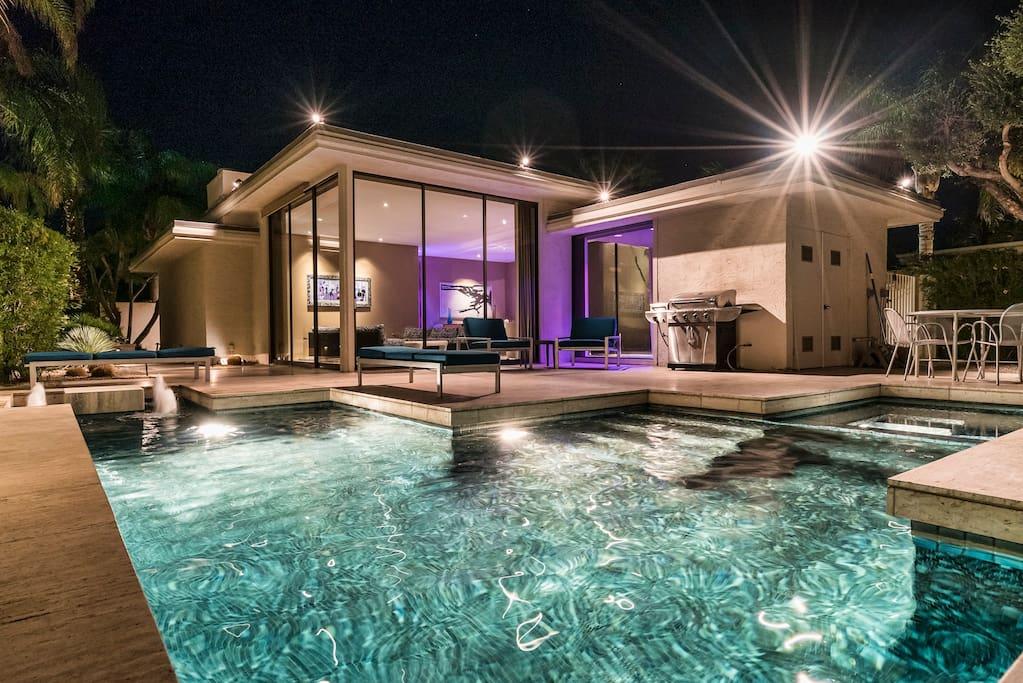 Elrod Villa: Luxury Villa, Private Pool/Spa/Views