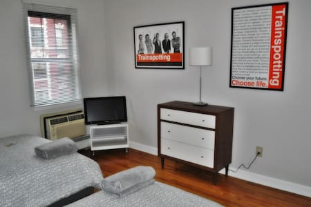 1Br with space for 3 in E Village