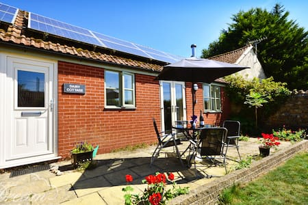 The Dairy, nr Beaminster, West Dorset - Bungalow