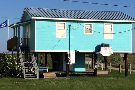 the Beach House - Grand Isle - Cabane